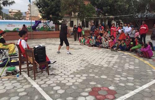 Visita Pallassos Centres d'acollida Amics del Nepal