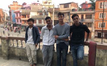 Els joves de Bhimphedi arriben a Kathmandu