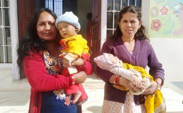 Dos bebés más a la familia
