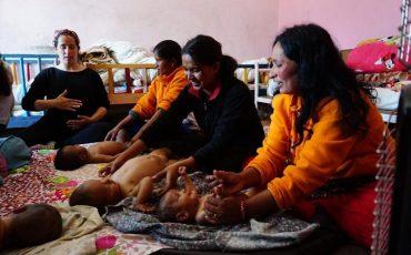 Formació de massatges a nadons