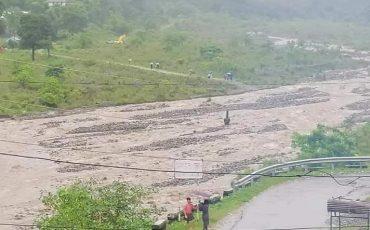 Pluges al Nepal